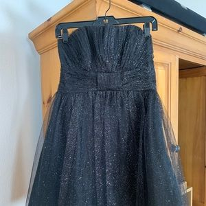HOMECOMING DRESS PERFECT CONDITION WORN ONCE